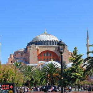 Antalya_Istanbul_Hagia-sophia